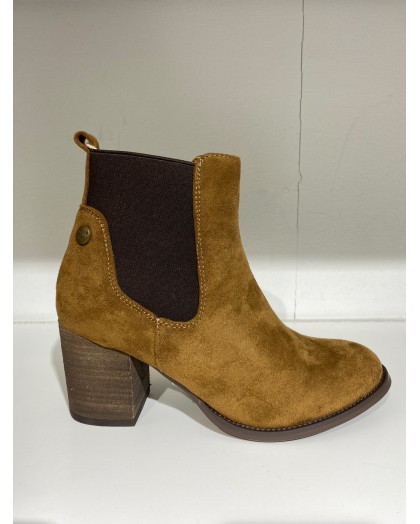 Botin color camel